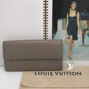 Authentic Louis Vuitton Epi Leather Sarah Wallet